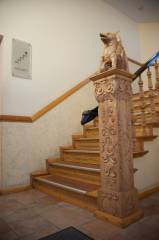 Liebevoll restaurierter Altbau - handmade and beautifully restored - our staircase